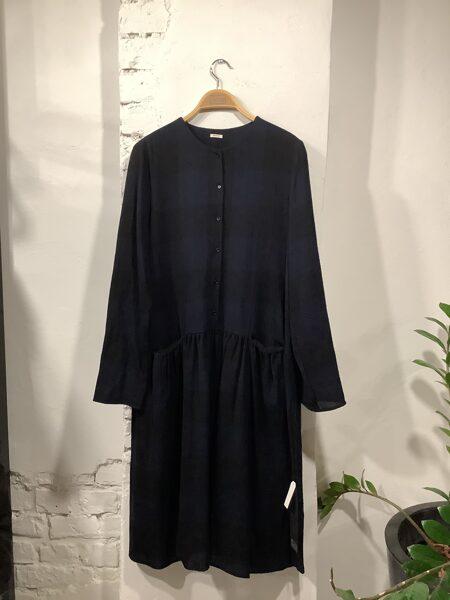 ApuntoB kleita